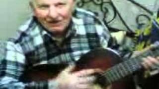 Arnavut zeynel ve gitar.. Resimi