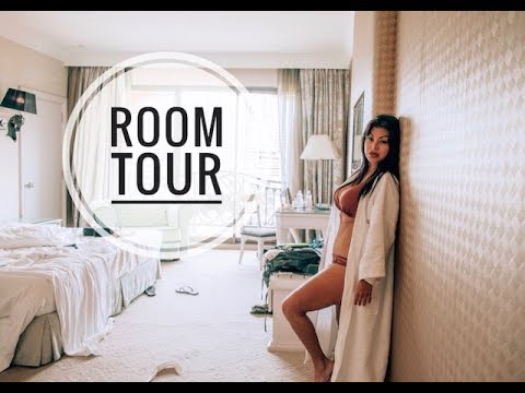 I Stayed In A Palace! | Hotel Tour 2018