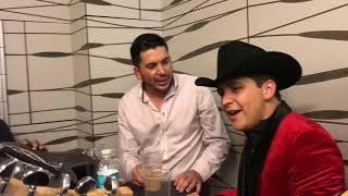 Video El Flaco de los Recoditos y Christian Nodal cantando Me Sobrabas Tu download MP3, 3GP, MP4, WEBM, AVI, FLV Mei 2018