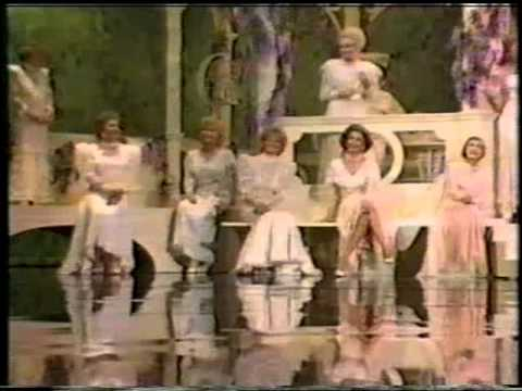 Happy Birthday Hollywood - Heroines of the Silver Screen.avi