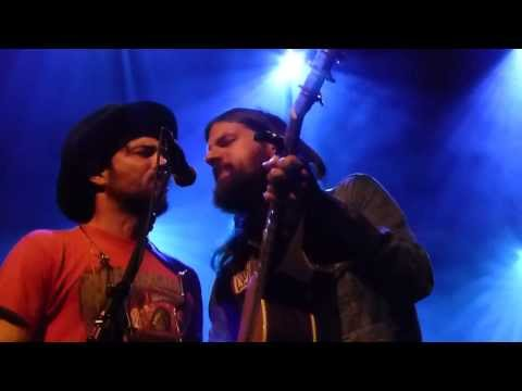 The Avett Brothers - Backwards with Time, live in Utrecht