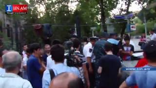 Լարված իրավիճակ՝ Բաղրամյան պողոտայում. ցուցարարներին արգելում են բարձրախոսներ տեղադրել