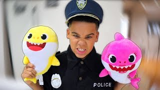Baby Shark Dance with Police Kid Pretend Play