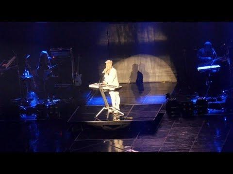 태양 TAEYANG _ LAST DANCE (SOLO) _  WHITE NIGHT CONCERT IN SEOUL