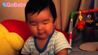 生後261日の赤ちゃんが絵本『いないいないばあ』に大興奮ω 「ばあ」と上...
