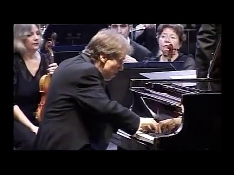 ROBERT LEVIN ~ Mozart Piano Concerto # 22 in E flat major - Transylvania Philharmonic