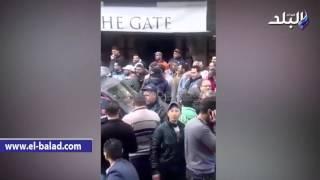 بالفيديو.. صيادو عزبة البرج يقطعون مدخل المدينة احتجاجا على سوء معاملة الأمن وشروط «السلامة البحرية»