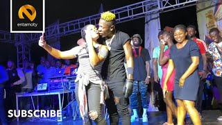 Shatta Wale K!sses & Gifts Gimpa Students Thousands Of Cedis