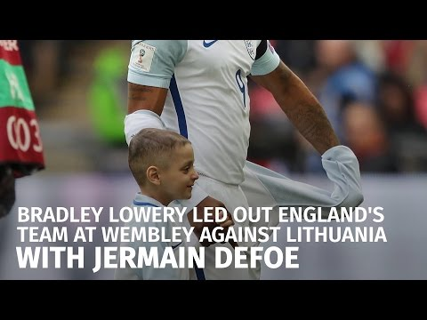 Bradley Lowery Led Out England At Wembley With Jermain Defoe