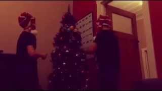 Christmas decorating Thumbnail