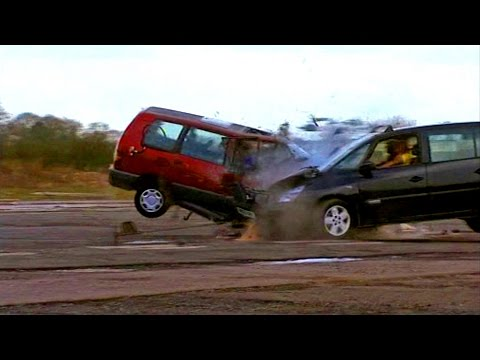 Head On People Carrier Crash Test #TBT - Fifth Gear