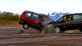 Head On People Carrier Crash Test #TBT - Fifth Gear
