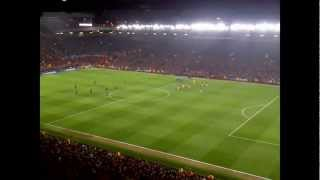 incredible pre match atmosphere manchester united v real madrid champions league 05 03 2013
