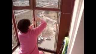 Triangular magnetic window cleaner