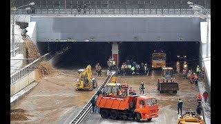 ЧП в Москве: провало дамбу канала 'Москва' -- Тушинский тоннель уходит под воду!