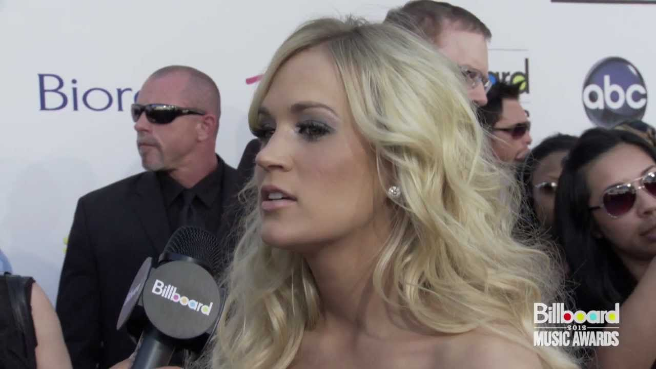 Download Carrie Underwood on the Red Carpet @ Billboard Music Awards 2012