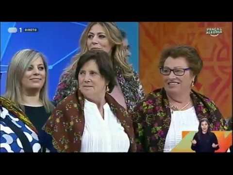 Mulheres de Bucos na Praça da Alegria