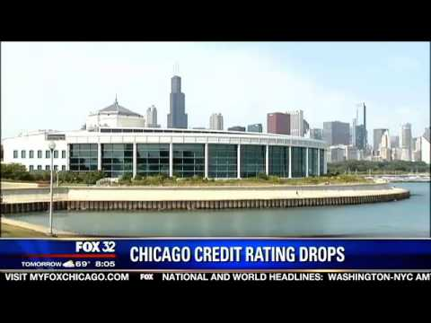 Moody's downgrades Chicago credit rating to junk bond status
