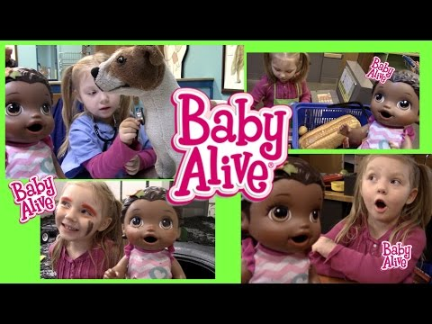 BABY ALIVE has a FUN DAY! Children's Museum tour! The Lilly and Mommy Show!