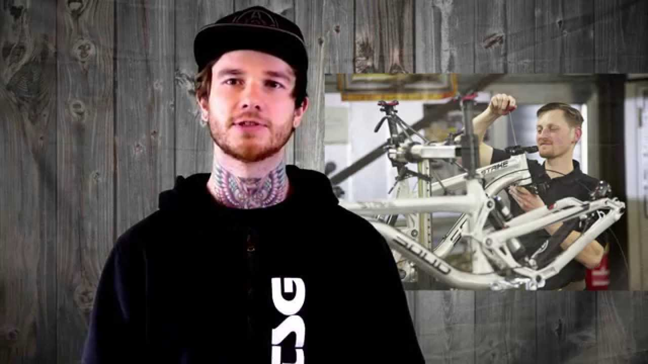 Leafcycles Build To Ride Camp, Solid Bikes DH World Cup Team, White Style Results - News KW #7 2015
