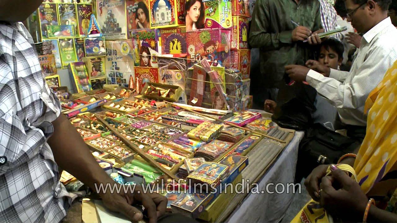 Crowded Firecracker Shops In Delhi On Diwali Youtube