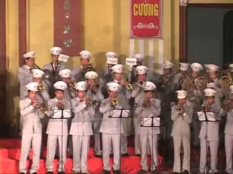 Hop Xuong Trống,Kèn Pháp Trường Máu