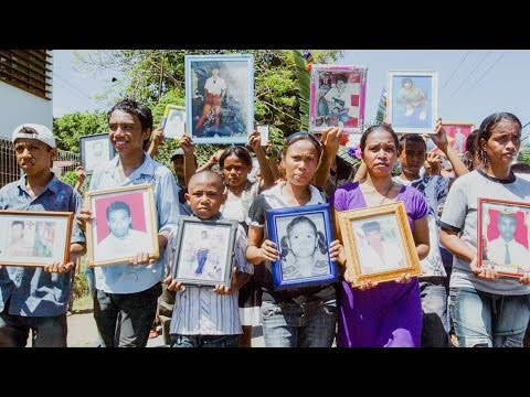 Allan Nairn Returns to East Timor on 25th Anniversary of Dili Massacre When U.S. Weapons Killed 270+