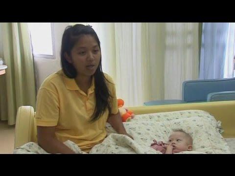 Суррогатная мать из Таиланда будет сама воспитывать сына с синдромом Дауна (новости)
