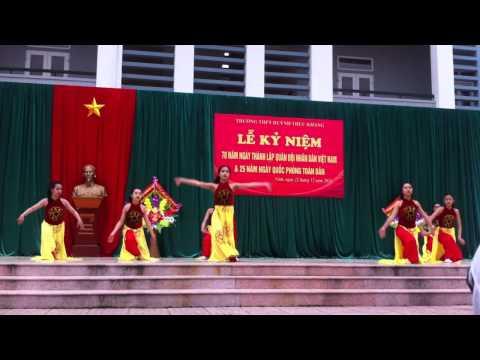 """Múa """" Hào khí Việt Nam"""" HTK"""