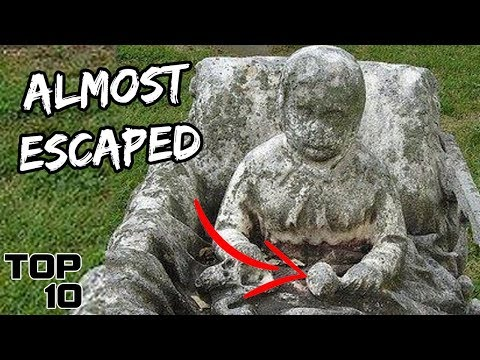 Top 10 Scary Messages Found In Graveyards