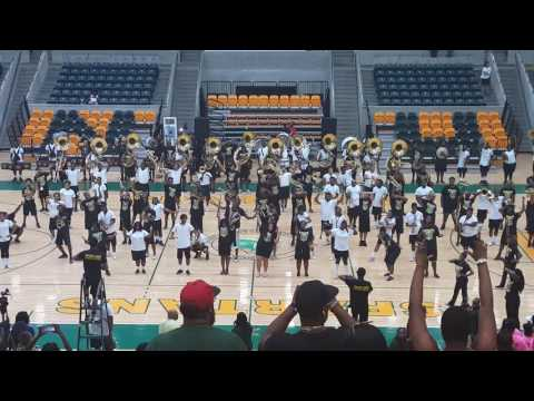 NSU Spartan Legion Marching Band Family and Friends Day 2016 - NECK, Swinging.