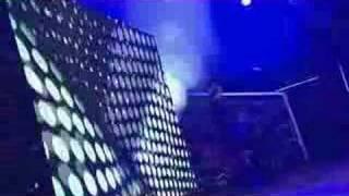Live at FUJI ROCK FESTIVAL '06.