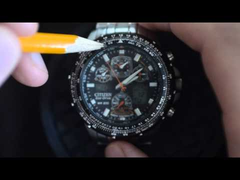 How to Use Aviation Pilot Watch. Advanced Tutorial for Real Aviators. E6B Slide Rule. Part 1 of 2