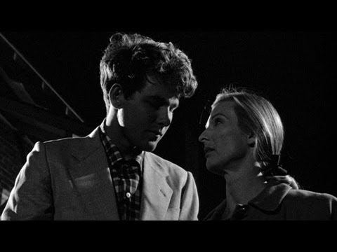 The Last Picture Show: An Illicit Kiss