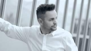 Repeat youtube video Mentor Kurtishi - Moj dashnia jeme a je gjalle - Remix (Official Video HD)