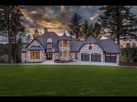 Exquisite Lakefront Castle in Oregon City, Oregon | Sotheby's International Realty