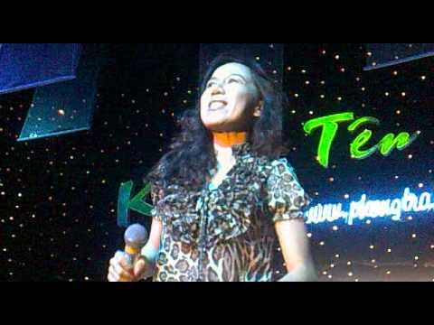 Mai Thien van  Live in Vietnam 2011