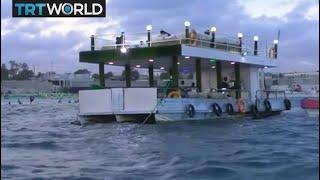 Somalia Tourism: Floating restaurant draws visitors to the coast