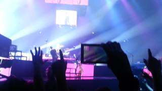Muse Plug In Baby Outro Arena Mty 2013