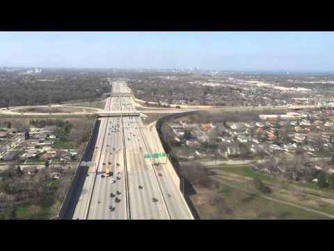 Landing in Milwaukee / Aterrizaje en Milwaukee, Wisconsin