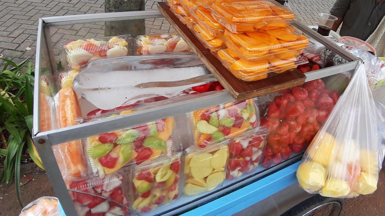 HARGA 15 RIBU !!! MAKAN RUJAK BUAH SEGER - INDONESIAN FRUIT SALAD STREET FOOD