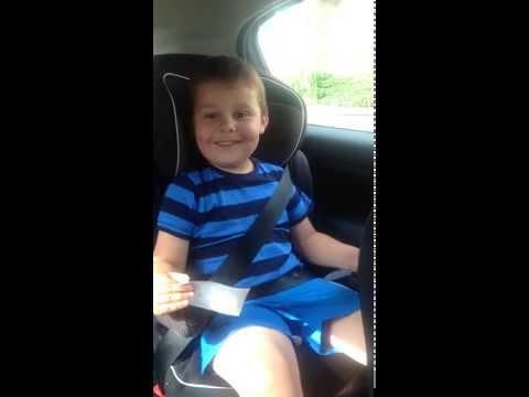 Mirá la reacción de un nene de 5 años cuando le dicen que va a tener un hermano