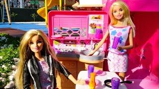 Кукла Барби едет на пикник! Играем в куклы
