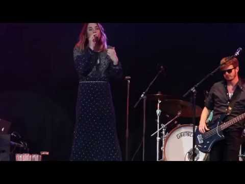 Melanie C and The Feeling - Too Much - Live at CarFest North 2016