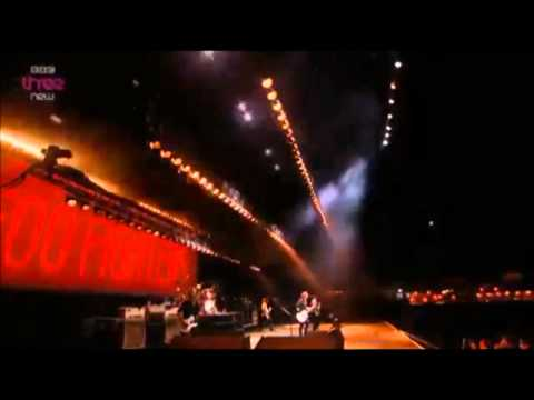Foo Fighters - Wattershed (Live at Reading Festival 2012)