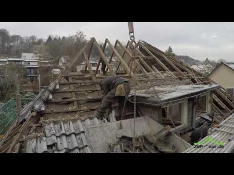 Dachstuhlsanierung Teil 1: Abriss