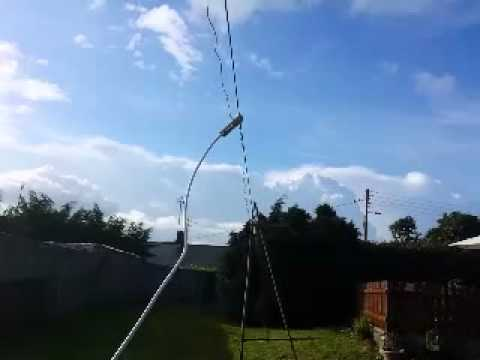New halfwave dipole picking up Kurdish radio