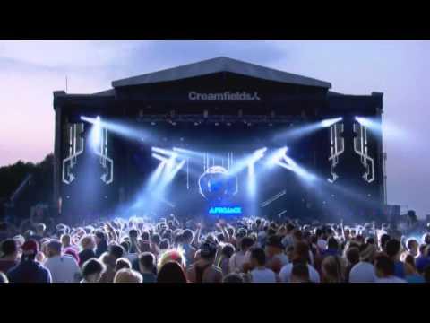 Afrojack - ID + Blasterjaxx - Fifteen (Hardwell Edit) Live at Creamfields 2013