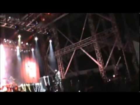 Judas Priest - Breaking the Law (live Brasília 15/09/11)