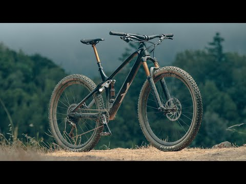 YT Izzo Review - 2020 Bible of Bike Tests
